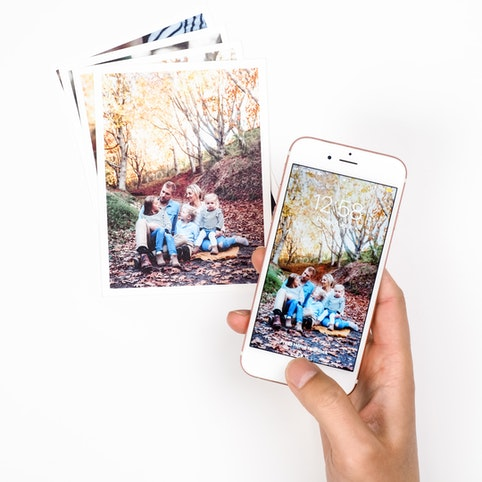 Photo cards designed for mobile photos.