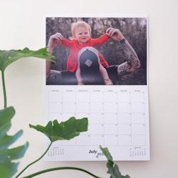 Wall calendars 2022 - HappyMoose